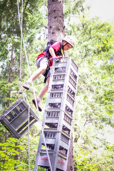 Crate Stacking 2