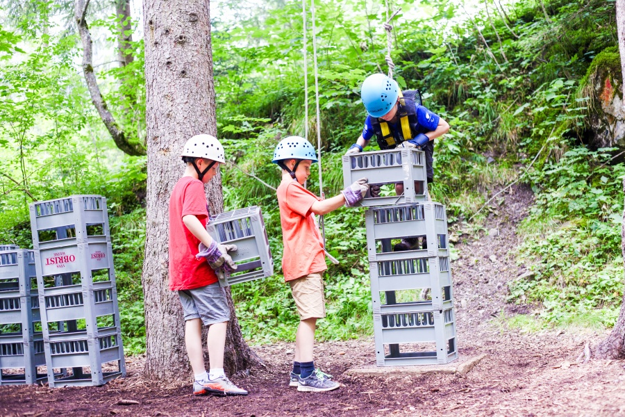 Crate Stacking 0