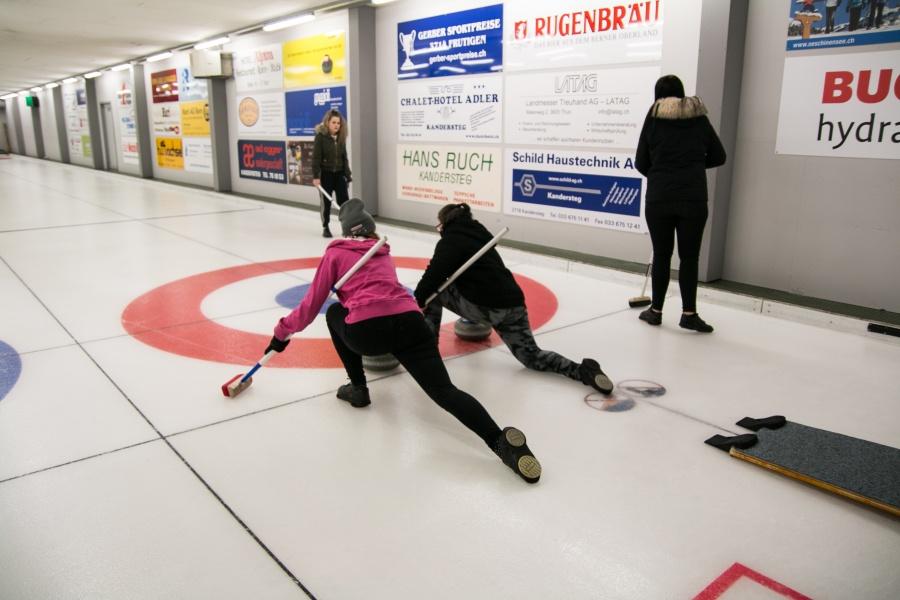 Curling 0