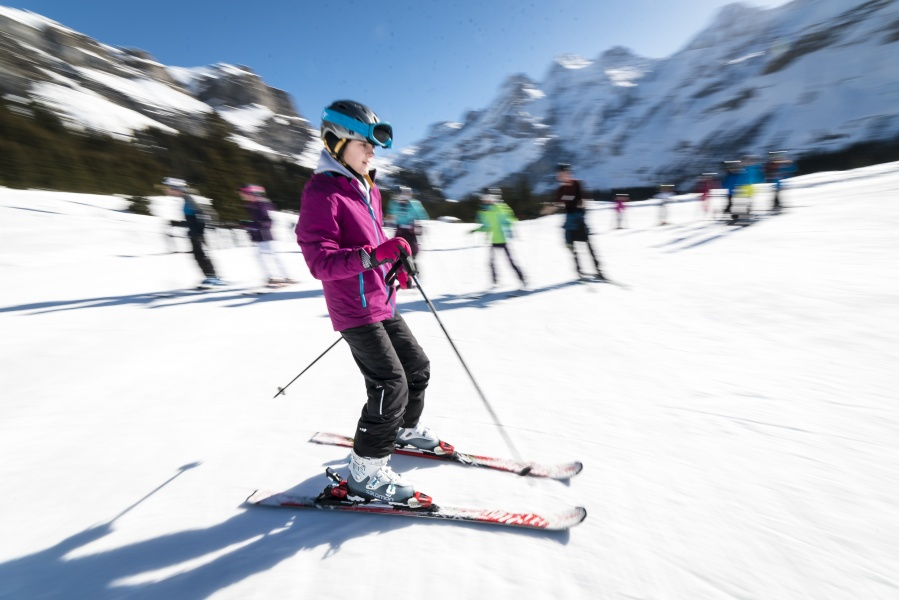 Group Ski / Snowboard Lesson - Kandersteg 1